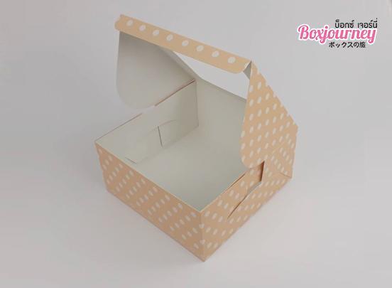 กล่องเค้ก 1 ปอนด์ ครีมจุด