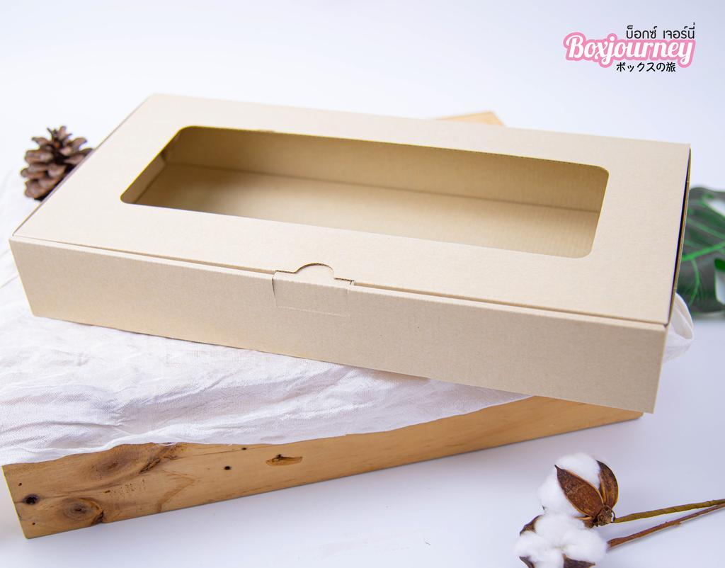 กล่องลูกฟูกพรีเมี่ยม มีหน้าต่าง 20x39x6 ซม.