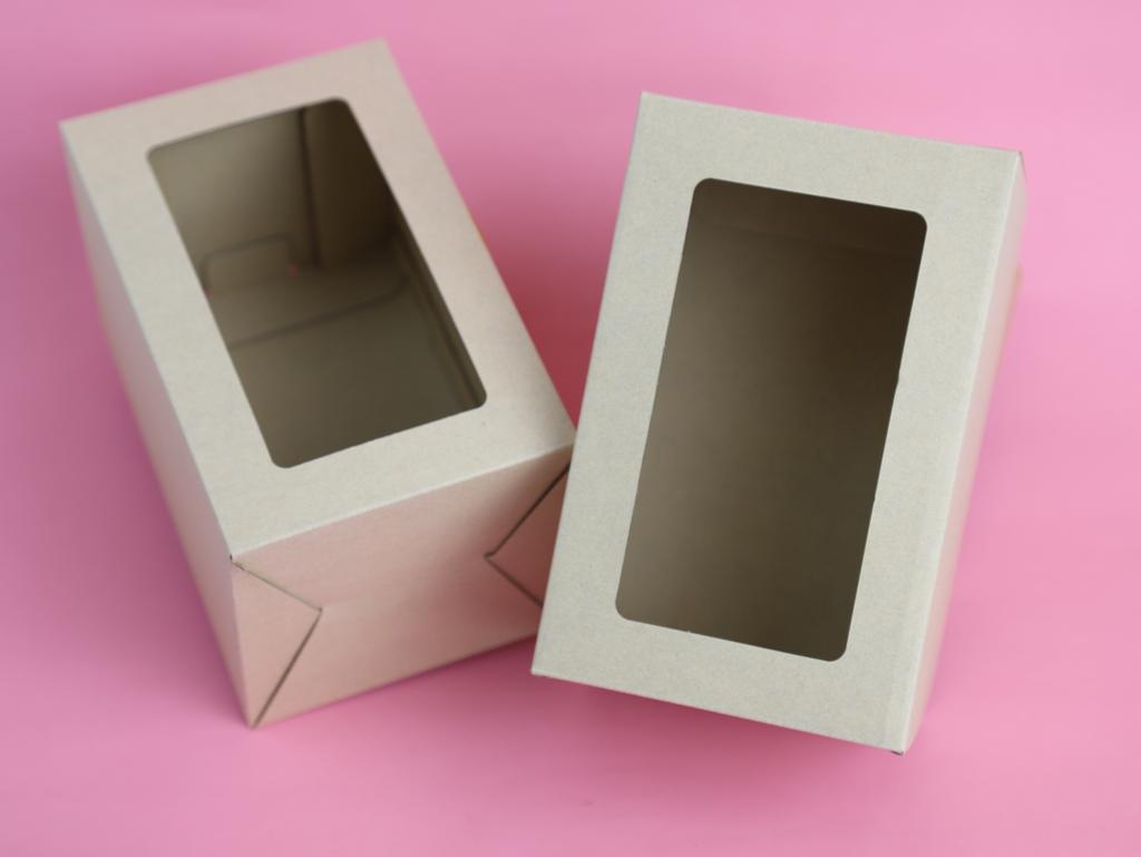 กล่องลูกฟูกพรีเมี่ยม มีหน้าต่าง 10.5x10.5x16.5 ซม.